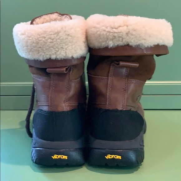fef27ed7d20 Ugh Butte snow boots- Boy or Girl
